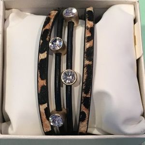 NWT Saachi leopard bracelet